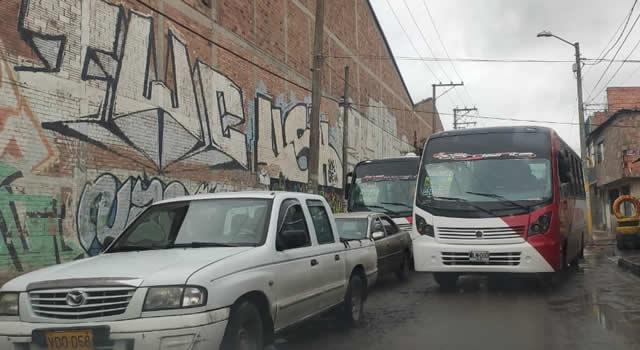 Desorden vehicular se impone en las calles de Soacha