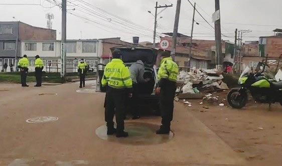 Policía en las calles de Soacha, campañas preventivas para combatir el delito