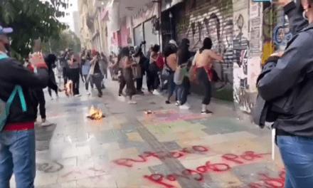 En enfrentamientos terminó movilización de mujeres en Bogotá