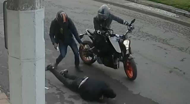 En video quedó registrado atraco a mano armada en el 'Parque de los Locos' de Soacha