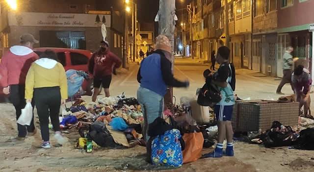 'Puyas' en la frontera entre Soacha y Bosa por problema de basuras
