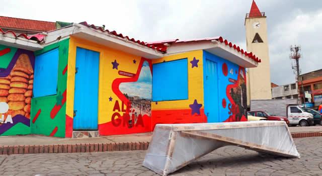 Se renuevan las bancas del parque principal de Soacha