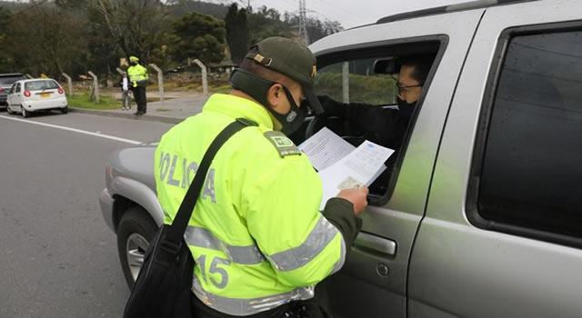 Más de 80 policías de tránsito para garantizar cumplimiento del toque de queda en Cundinamarca