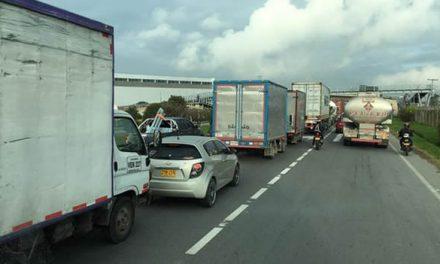 En tres puntos de Cundinamarca hay afectaciones a la movilidad