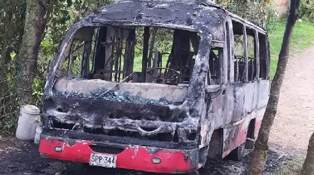 Misterioso incendio de buseta en Fusagasugá