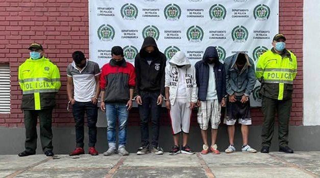 A la cárcel 6 personas en Cundinamarca por bloqueos y ataques al Esmad