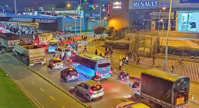 Caos vehicular en Soacha por manifestaciones y salida de viajeros