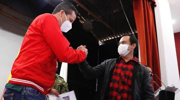Soacha entrega libretas militares a hombres en situación de discapacidad