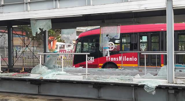 La crisis económica de Transmilenio se agudizó con los daños durante el paro