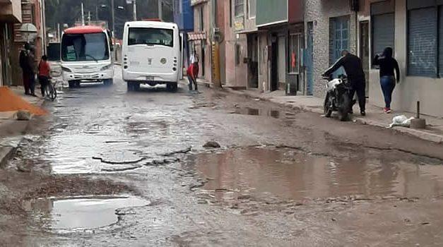 Residentes del barrio Ducales de Soacha están cansados del abandono estatal
