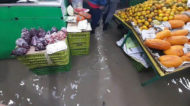 [VIDEOS] Apartamentos y negocios inundados en Soacha luego de las lluvias del lunes festivo