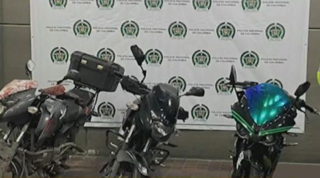 Rastrean moto robada en Bogotá y policía encuentra otras dos que habían sido hurtadas