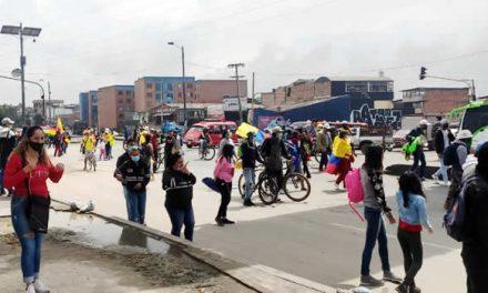Marcha bloqueó carril de la autopista Sur de Soacha