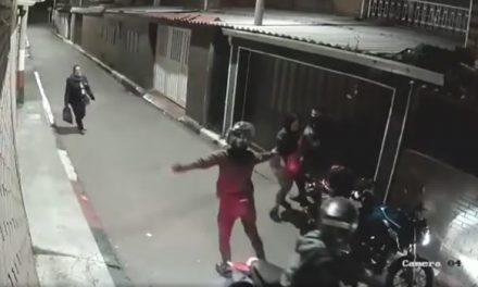 [VIDEO] Así se robaron una moto en barrio de Bogotá