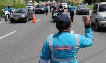 Con nuevo uniforme, los AVE facilitaron el ingreso de 35 mil vehículos por la autopista Sur