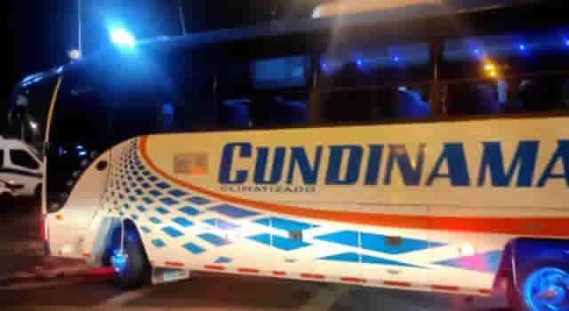 Asaltan bus intermunicipal en Bogotá, GPS de un celular permitió captura de ladrones