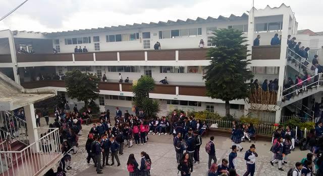 """""""Lamentablemente nos mandaron al matadero"""": docente de Soacha contagiada de COVID-19"""