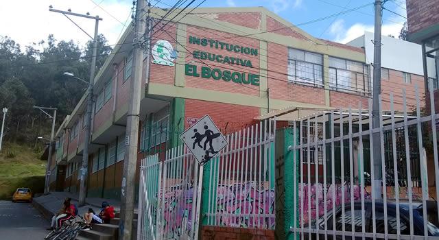 Secretaría de Educación guarda silencio por casos de COVID-19 en colegio oficial de Soacha