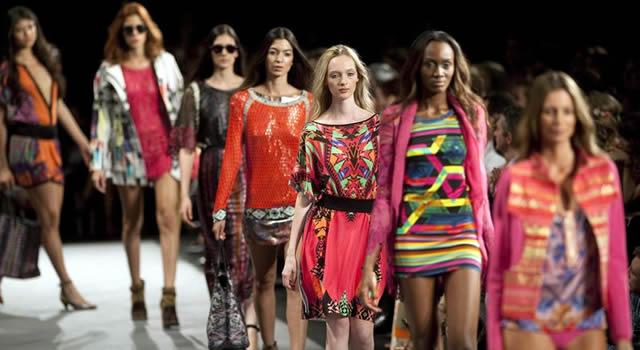 Marcas internacionales que buscan realzar la moda latina
