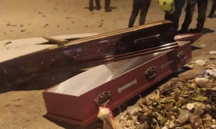 Hasta una funeraria saquearon los vándalos durante manifestaciones en Bogotá