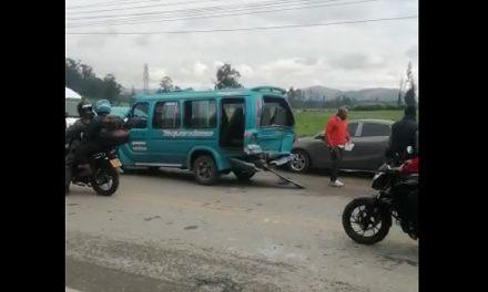 [VIDEO] Fuerte accidente en la vía Indumil, Soacha