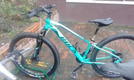 No cesan atracos con machete para robar bicicletas en el centro de Soacha