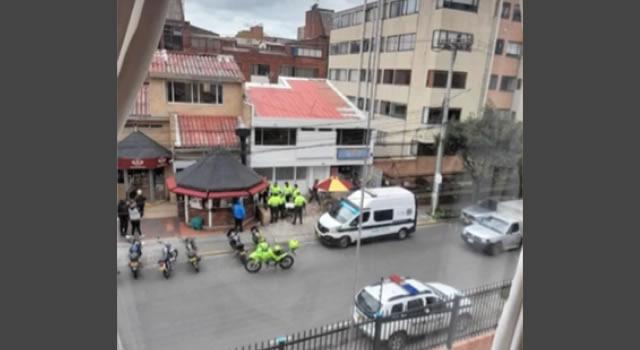 Balacera en Bogotá tras hurto a un local comercial en pleno mediodía
