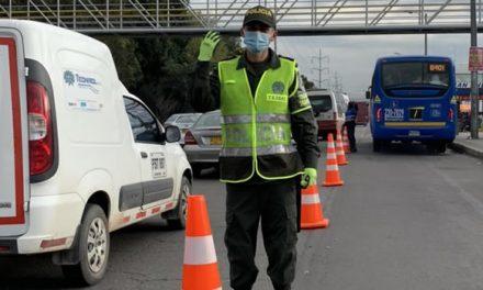 Carril escolar volvió a funcionar en la autopista Norte de Bogotá
