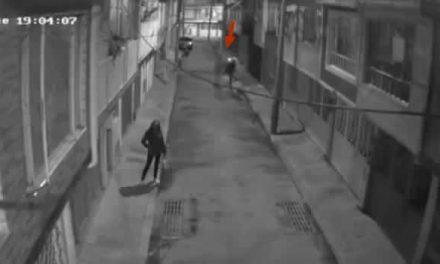 [VIDEO]  Recompensa por información del delincuente que le disparó tres veces a joven universitario de Bogotá