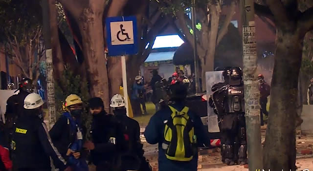 Otra noche de destrucción, vandalismo y desmanes en Bogotá
