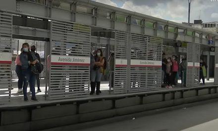 Transmilenio comenzó a instalar puertas de hierro en las estaciones del sistema