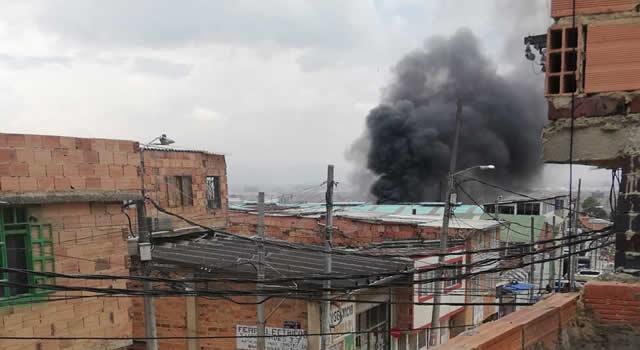 [VIDEO] Incendio en Soacha y Bomberos sigue sin vehículos