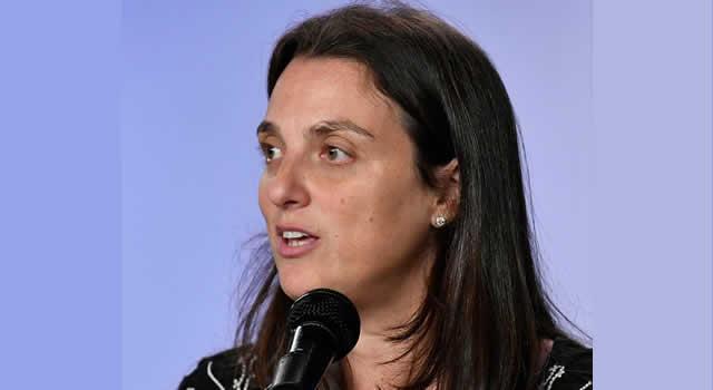 Exministra Abudinen dijo en su carta de renuncia que actuó con honradez