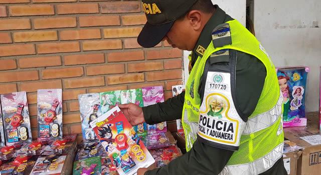 [VIDEO] Incautan cerca de 6 mil juguetes que podrían ser peligrosos para los niños de Bogotá y Soacha