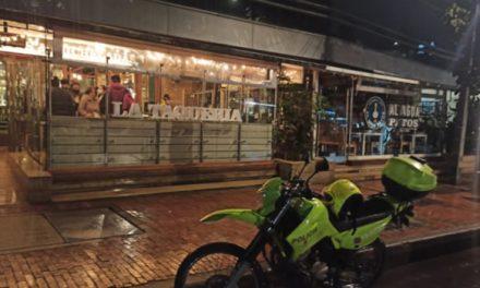 Atraco masivo a restaurante La Taquería de Bogotá