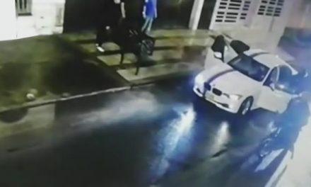 Diez delincuentes en cinco motos asaltaron a una familia en Bogotá