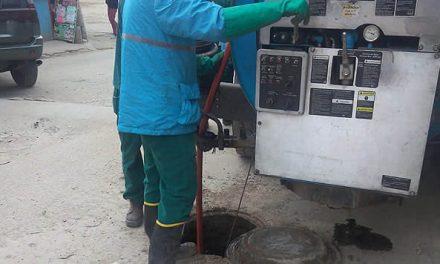 Solucionan de momento problema de aguas residuales en sector Puente Micos de Soacha