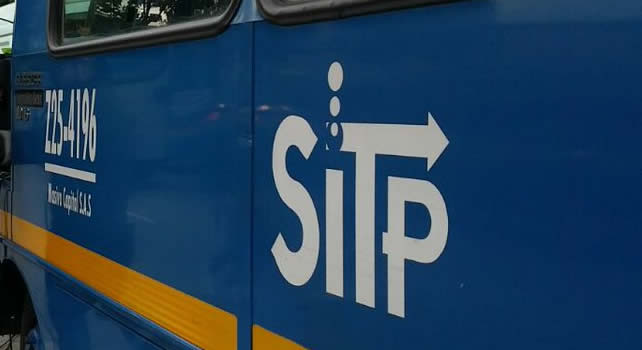 Hieren con arma blanca a hombre durante atraco en bus del SITP en Bogotá