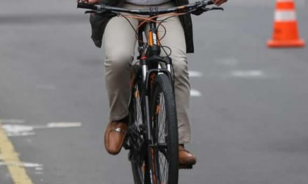 Con machete atracan ciclista en Soacha