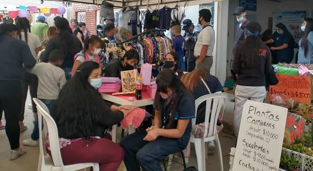 Feria de emprendimiento en el barrio Pradera de Soacha