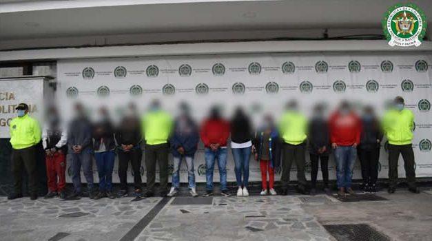 Policía disfrazado de habitante de calle, clave para capturar a 11 miembros de peligrosa banda en Bogotá