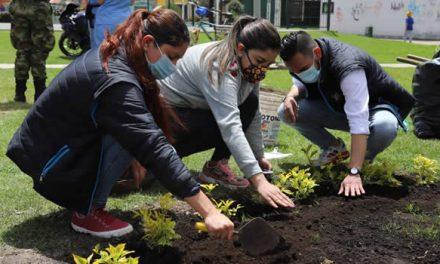 Más de mil empleos verdes para mujeres en Bogotá
