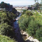 Delincuentes se lanzaron al río Fucha para evitar que policía los capturara en Bogotá
